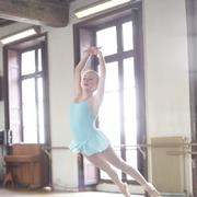 young_ballet_student_dancing_balanchine_repertory_-_photographer_juan_manuel_abellan.jpg