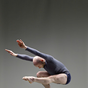 professional_intensive_lead_image_phoenix_dance_theatre_dance_-_phil_sanger_photographer_-_richard_moran.jpg