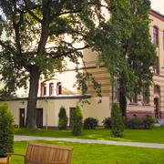 11_gls_campus.jpg